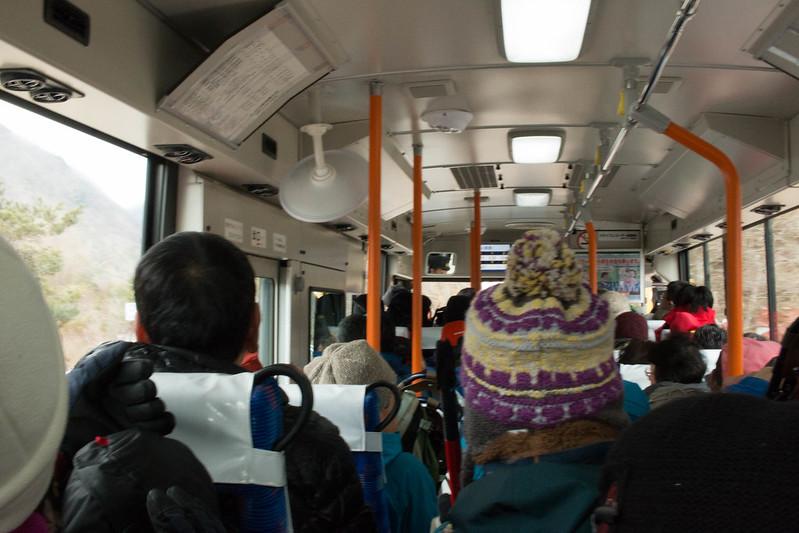 中央アルプス 駒ヶ岳ロープウェイのバス車内