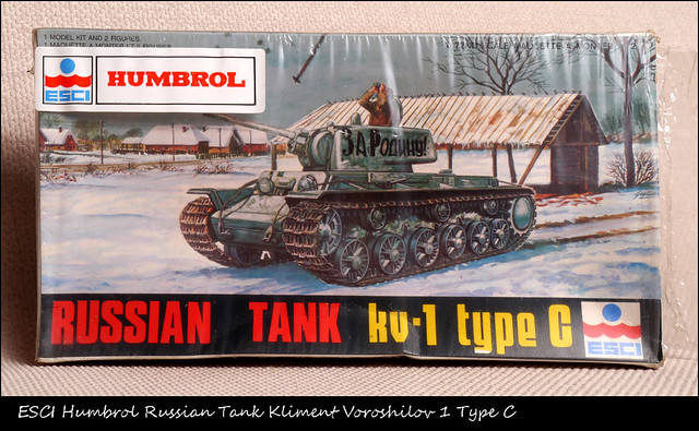 ESCI Humbrol Russian Tank Kliment Voroshilov 1 Type C P1020285