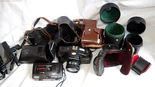 old vintage cameras and lenses all (4)
