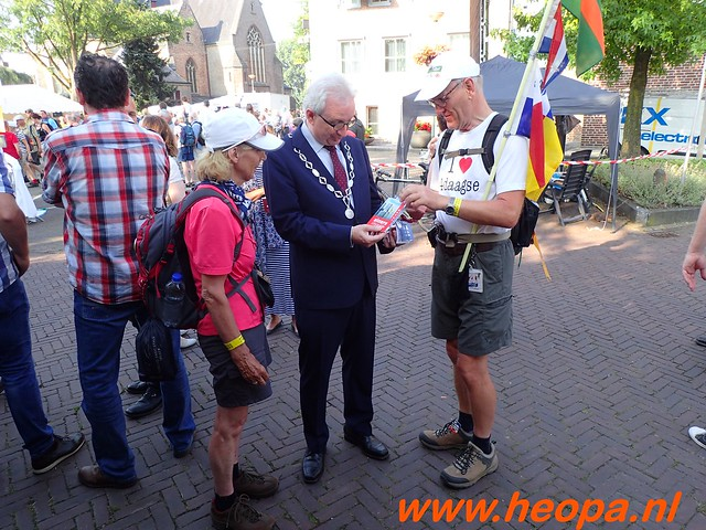 2016-07-21   3e  dag Nijmegen   40 Km  (41)
