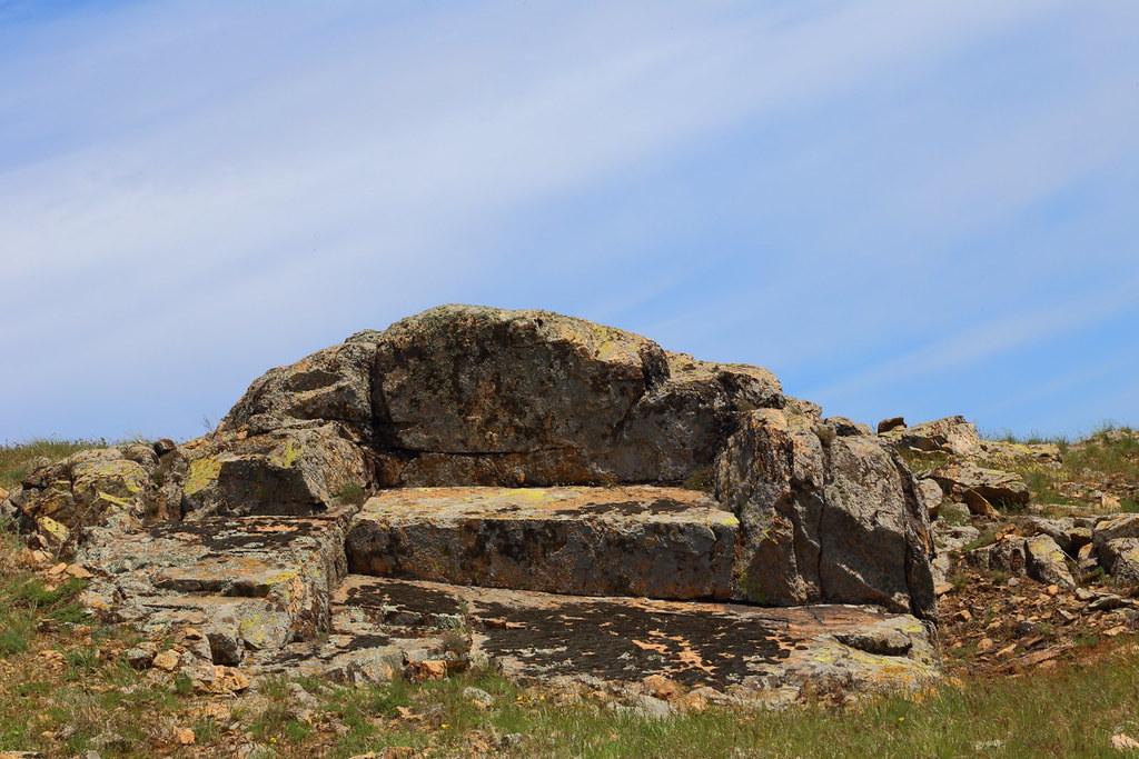canapeaua de piatra