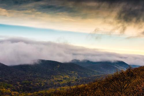 ny newyork mountains clouds sunrise river dark moody valley hudsonriver hudsonvalley bullhill hudsonhighlands clearingstorm coldspringny mttaurus mounttaurus philipstown