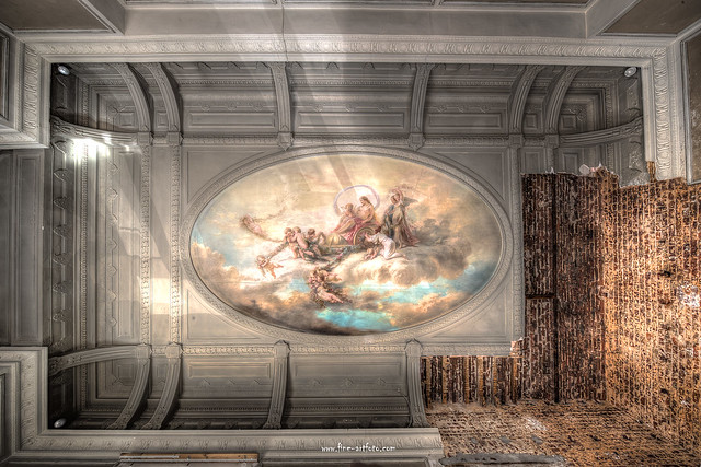 Ceiling Fresco decayed