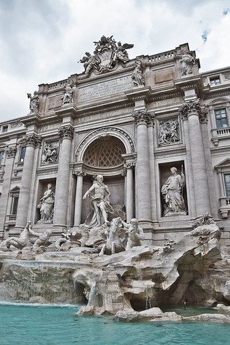 Fontana di Trevi | by ajlesdra