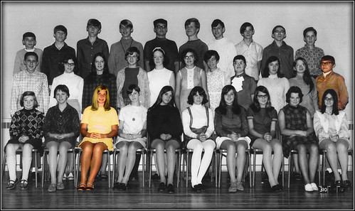 1969 handtinting classpicture miniskirts adolescents futurehusband selectivecoloring futurewife gradenine cuteblonde ninethgrade