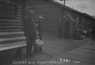 Sentry box, NWMP / Guérite, P.C.N.-O.