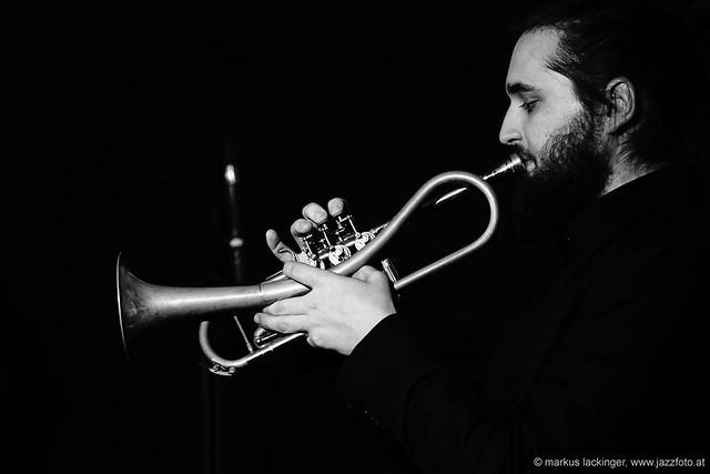 Mario Rom: trumpet