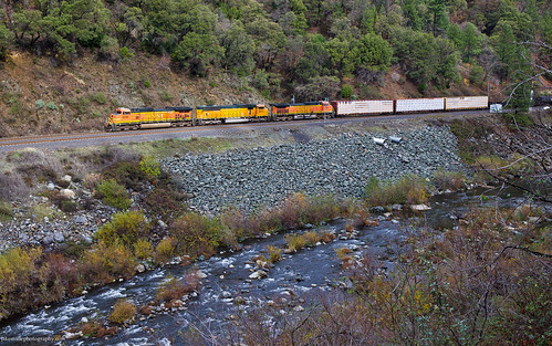 railroad train trains bnsf featherrivercanyon featherriver freighttrain bnsfrailway featherriverroute upcanyonsubdivision mountainrailroading mountaintrains