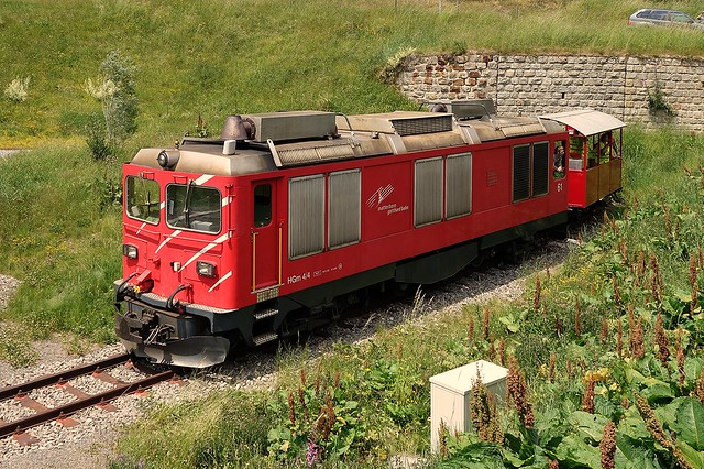 HGm 4/4 61 Matterhorn Gotthardbahn (MGB) in  Oberwald 2015