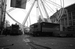dismantling the Dam Square Ferris wheel