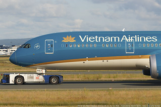 VN-A867 787-9 VN 31 SGN-FRA   by Giancarlo Scolari