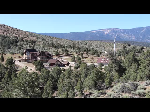 506 Video of the mansion and windmill near Canyon Spring from the PCT east of Baldwin Lake