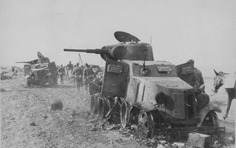 zwei BA-10 Soviet zerstört