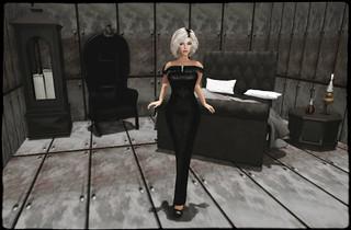 WGF2015 - Pale Empress (Nevermore ) - 22769~[bauwerk] (Modern Goth Bedroom)