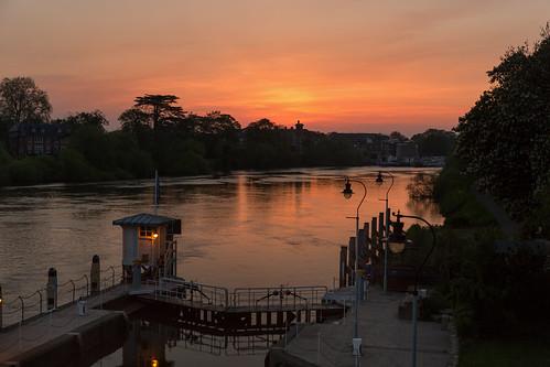 sunset london thames canon river lock richmond surrey 2470mm 28ii canon2470mm28ii