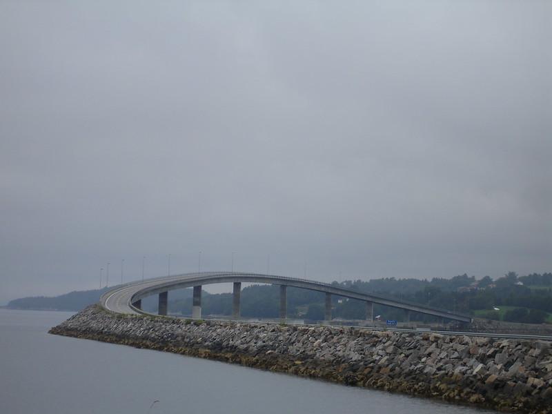 Storseisundet: El puente a ninguna parte 1