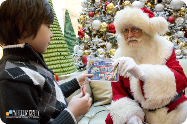 Santa-Gift-ImFeelinCrafty