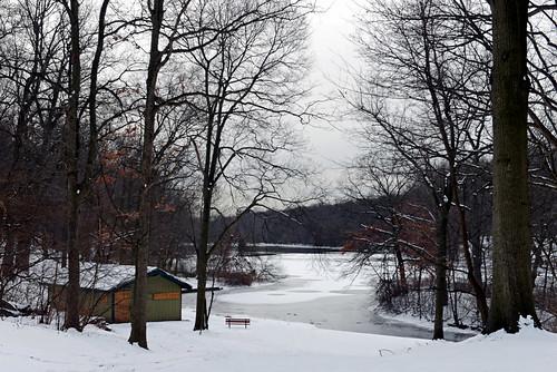 yonkersnewyork cityparks tibbettsbrookpark lakes tibbettslake winter snow