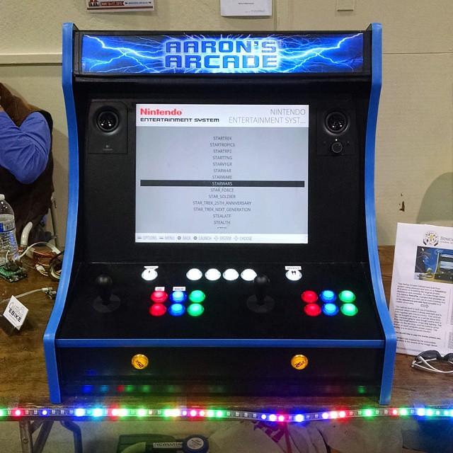 Amazing #raspberrypi based bartop arcade machine by @aaron