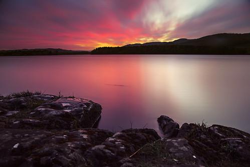 longexposure sunset canon landscape scotland waterfront fife nd redsky loch waterscape 24105 redskies lochore grantmorris grantmorrisphotography