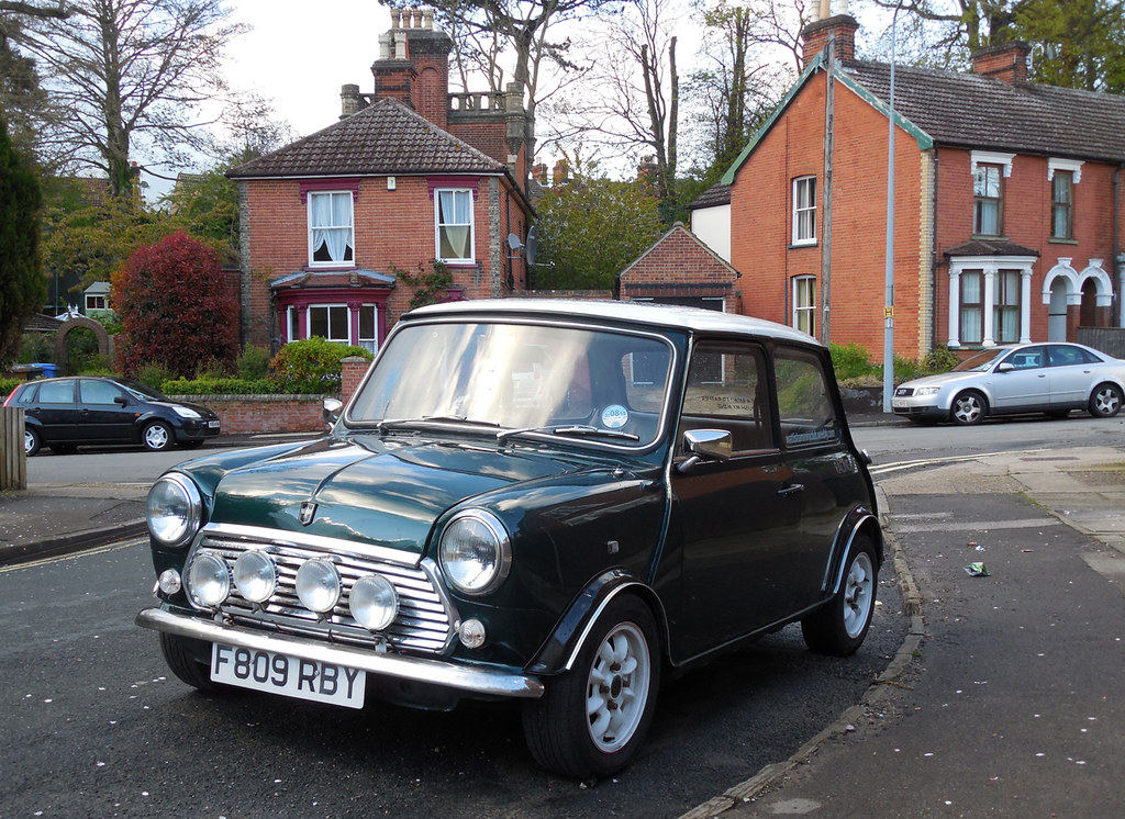 1989 Austin Mini Racing Green Listed By Cartell As A Racin Flickr