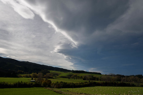 autumn newzealand sky clouds fence countryside scene farmland hills southisland southcanterbury tripdownsouth