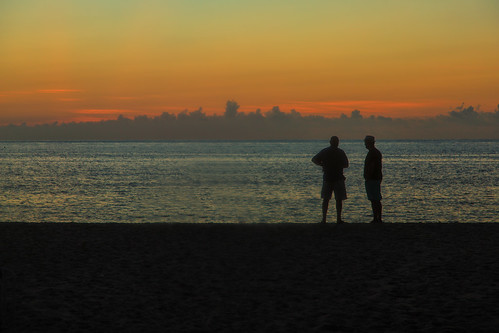 sunrise dawn daybreak sky morning landscape seascape ocean beach sea water reflections clouds florida pompanobeach atlanticocean people figures silhouettes landscapes