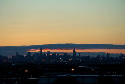 newyorkcity red newyork clouds sunrise risingsun cloudsandsky sunrisephotography