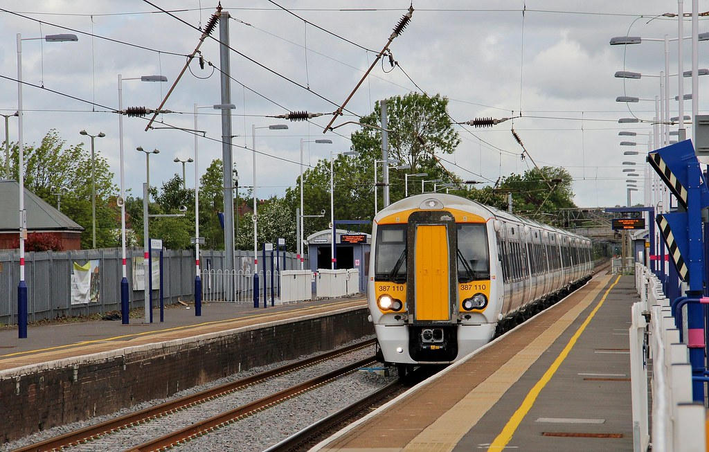 Thameslink Class 387 Unit 387110, Mill Hill, 19th. May 2015 by Crewcastrian