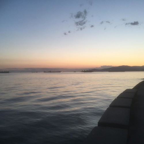 In case you're missing it @bikemanjoe Here's SeaWall at Stanley Park #vancouver #nofilter | by Mark Stephens Architect