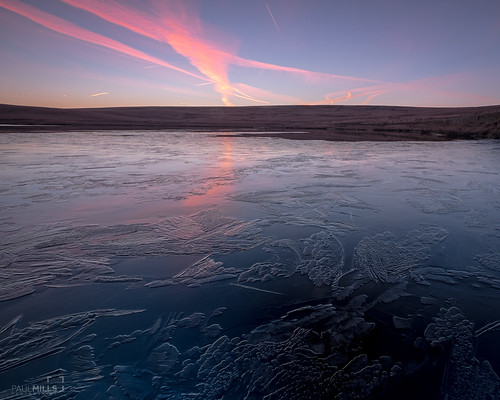 yorkshire marsden saddleworth redbrook reservoir sunrise