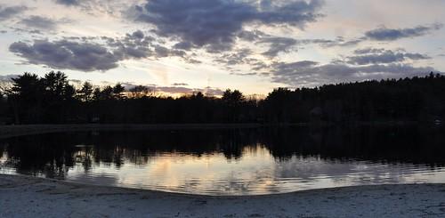 sunset lake reflection water pa pocono birchwoodlakes
