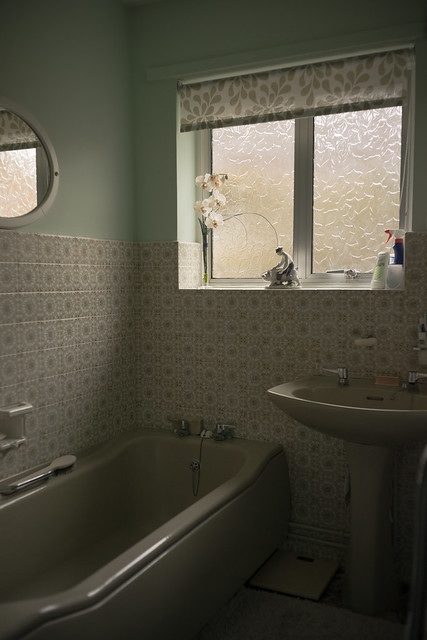 Auntie Nora's bathroom