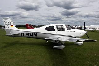 Cirrus SR22 D-EDJM