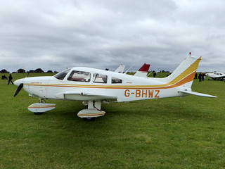 G-BHWZ Piper PA-28-181 Cherokee Archer II cn 28-7890299 Sywell 04Sep16