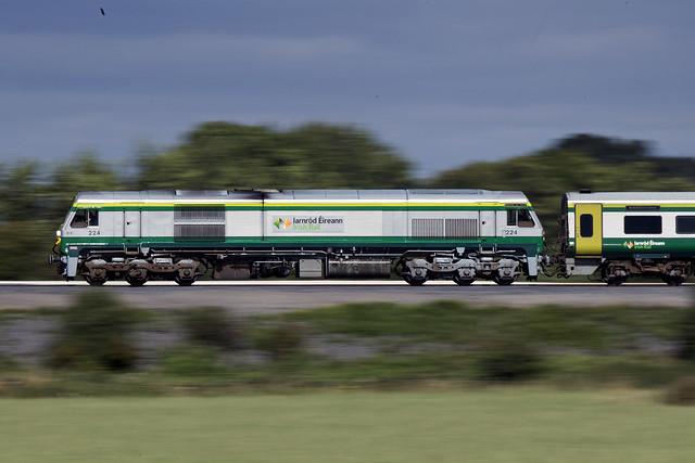 224 on 13:00 Dublin Heuston-Cork between Cherryville Junction & Monasterevin 30-Aug-16