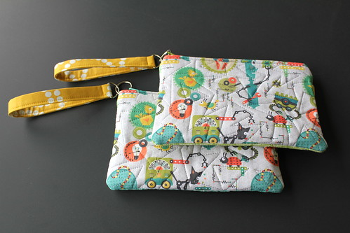 modern pattern quilt wallet machine domestic purse quilting strap wrist tinker wristlet quiting spoonflower