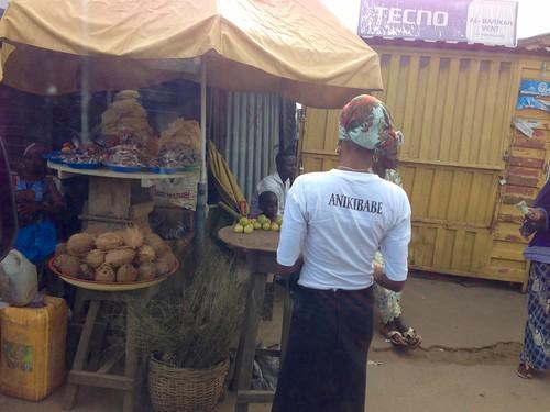 africa people photography market photojournalism marketscene africanculture ayotunde osunnigeria jujufilms jujufilmstv nigerianstreetauthor ogbeniayotunde streetmarketsceneinoshogbo