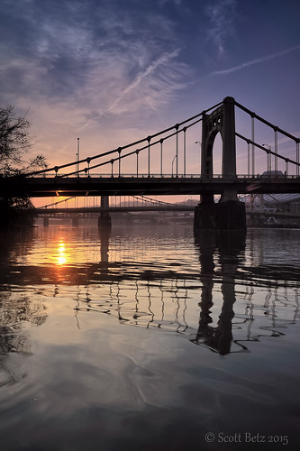 bridge sunrise nikon pittsburgh northshore nik lightroom threerivers alleghenyriver 7thstreetbridge 2470mmf28 cityofbridges singhray leefilters d700