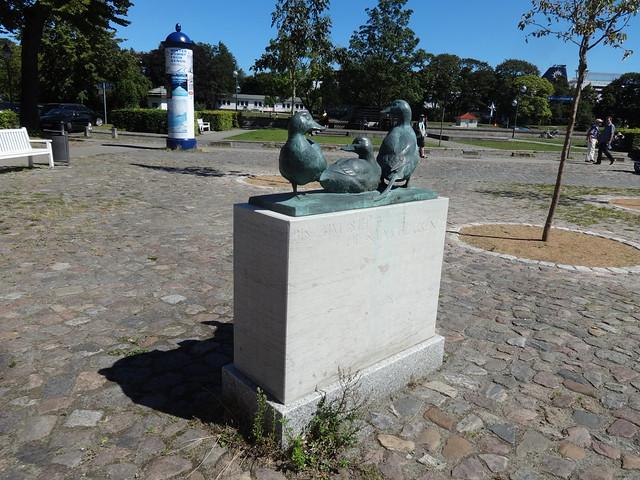 1998 Rostock Klaashans (Eisenten) von Christian Wetzel Bronze Alexandrinenplatz in 18119 Warnemünde