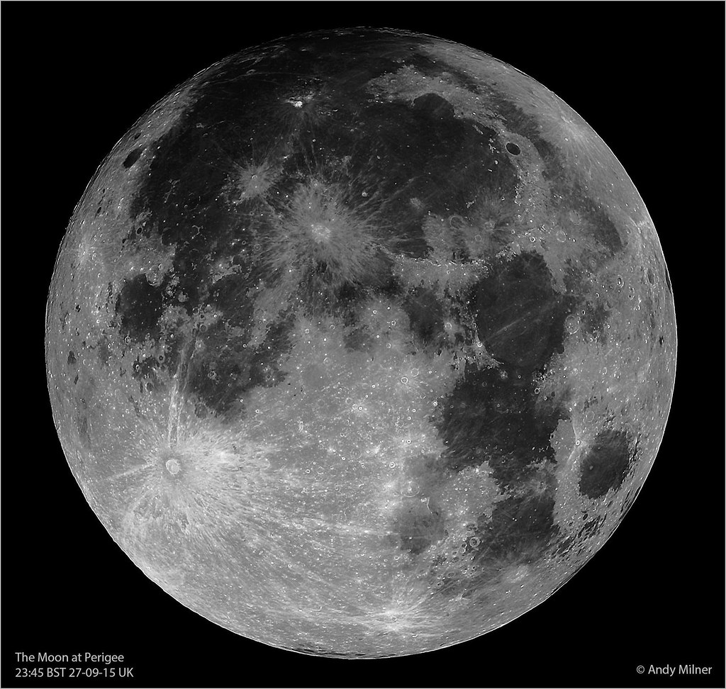 Moon at Perigee 27 September 2015 - v2