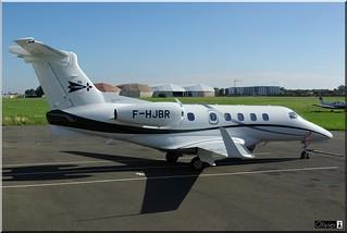 Embraer EMB-505 Phenom 300, Priv