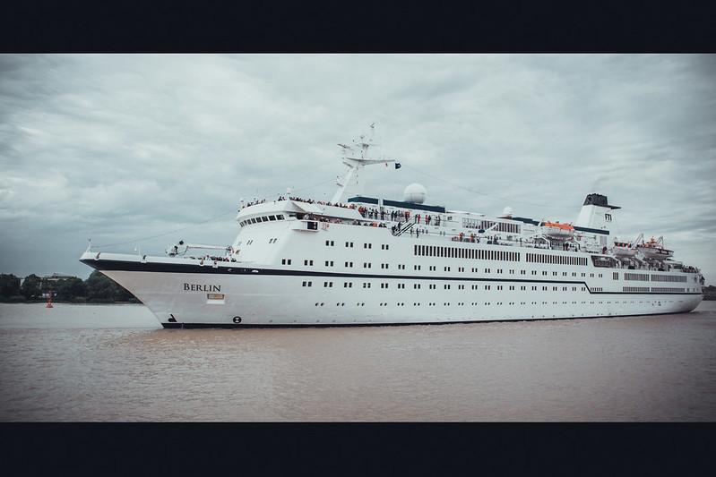 FTI Berlin sailing to Bordeaux, France - 26 mai 2016