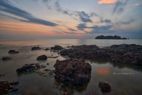 tourism beach landscape photography high interesting nikon scenery dynamic shoreline places scene malaysia omar range hdr pulau melaka d3 balak hidayat greatphotographers shamsul pengkalan konek photoengine oloneo
