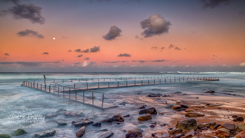 australia beach canon coast dusk evening golden landscape leefilters light longexposure moon nature newport northernbeaches nubes ocean orange outdoor picina playa pool rocks seascape sunset surf sydney water wave waves