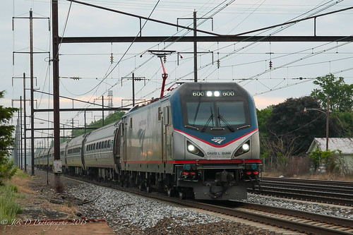train trains amtrak 600 levittown northeastcorridor northeastregional acs64 citiessprinter
