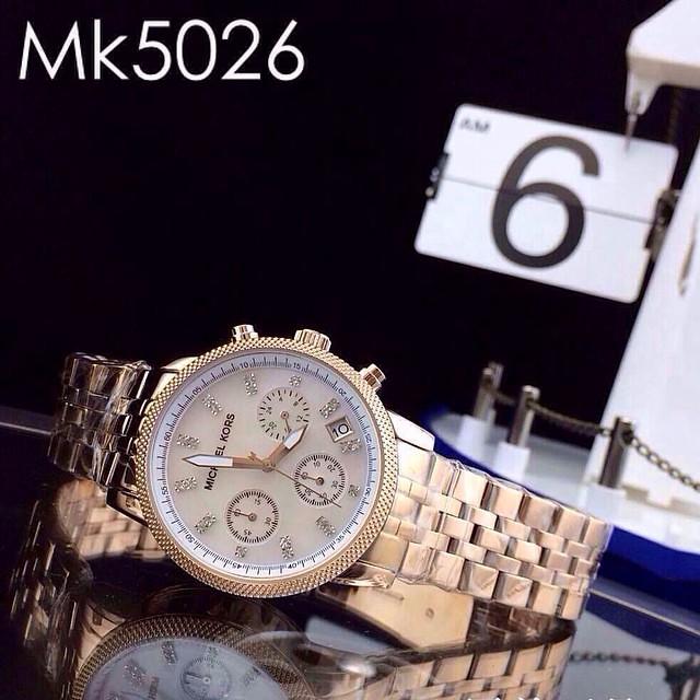 92e3ac4b6 ... #ساعات مايكل كورس 2015 السعر 40 دينار كويتي أسعار العروض سارية داخل  الكويت فقط العرض