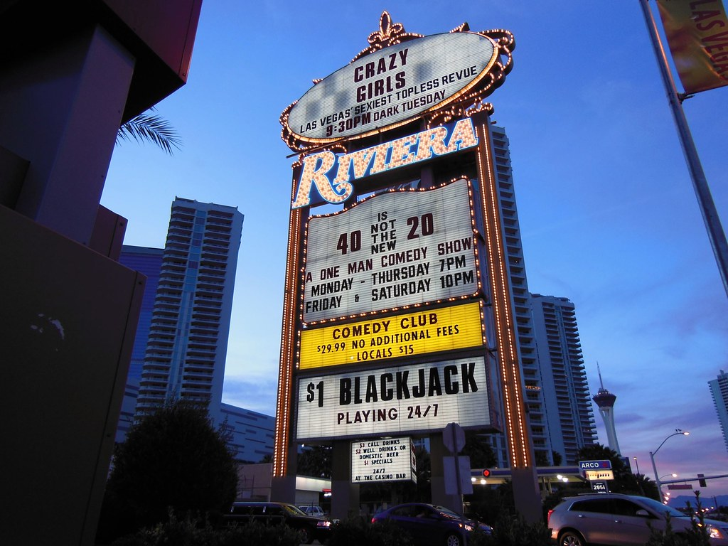 Riviera Old Marquee Goes Dark On May 4th Greg Clarke Flickr
