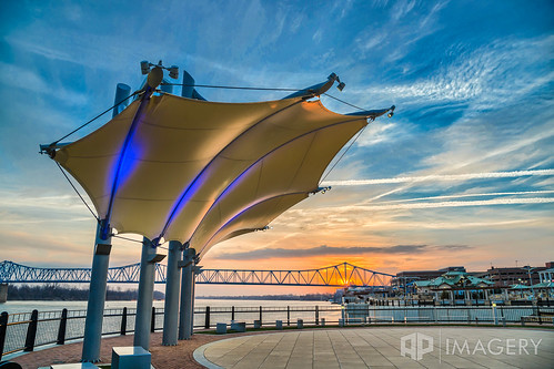 bridge blue sunset sunrise downtown kentucky ky glover pavilion canopy cary owensboro batwing smotherspark