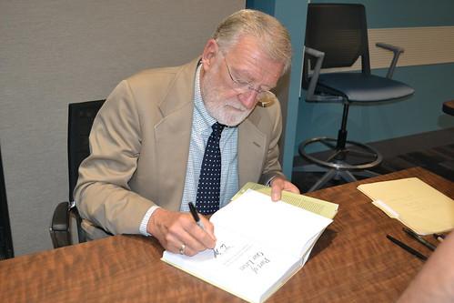 09.23.15 Wayne Wiegand Author Visit